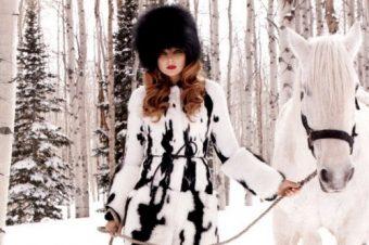 Eniko en reine des neiges pour Harper's Bazaar US