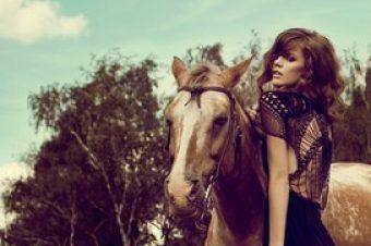 [Fashion Editorial] «Beauty And The Horse» par Marie Bärsch