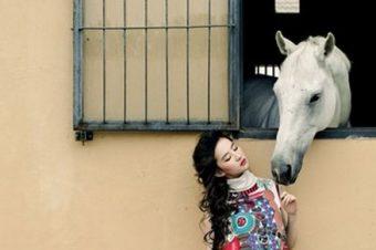 [Fashion Editorial] Liu Yifei : la Chine cavale