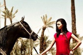 [Fashion] Le cheval noir de Naima, spring-summer 2013