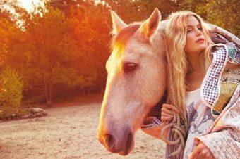 [Lifestyle Editorial] Des chevaux nomades pour Madame Figaro