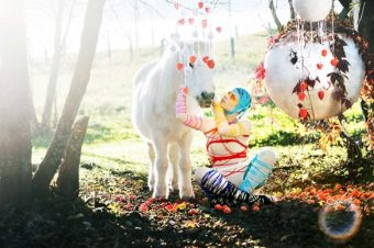 [Photography] Le poney blanc d'Alma Totoryte