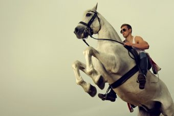 [Editorial] Ben Hodges : A boy and his horse
