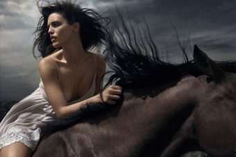 [Fashion Editorial] Emily DiDonato et sa riding therapy
