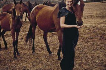[Editorial] Fransceca Cumani fait la course chez Vogue Australie