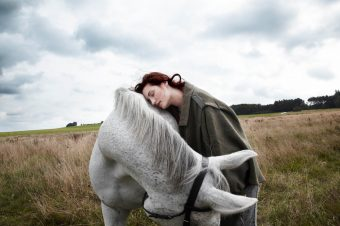 [Fashion Editorial] Soffa magazine : cheval, mon cocon normcore