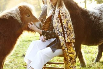 [Fashion Editorial] Mojeh : Poneys & Frisons