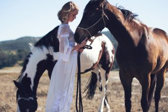 [Fashion Editorial] Rosie Huntington-Whiteley : free spirit