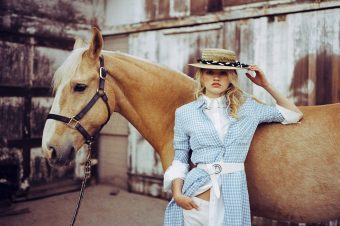 [Fashion Editorial] Le cheval palomino du ELLE France