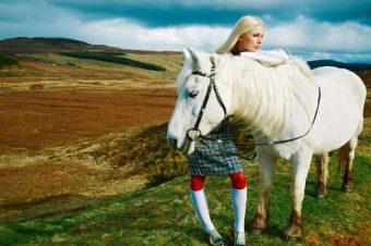 [Fashion Editorial] Harper's Bazaar UK : l'automne au vert