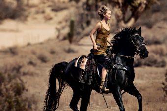 [People] Jennifer Lawrence, Tornado et Vogue
