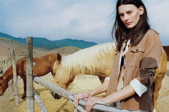 [Fashion Editorial] Vogue UK : simple and natural