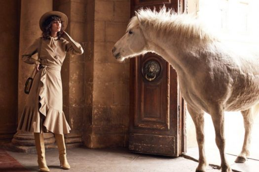 [Fashion Editorial] Le cheval blanc Camargue de Vogue Paris