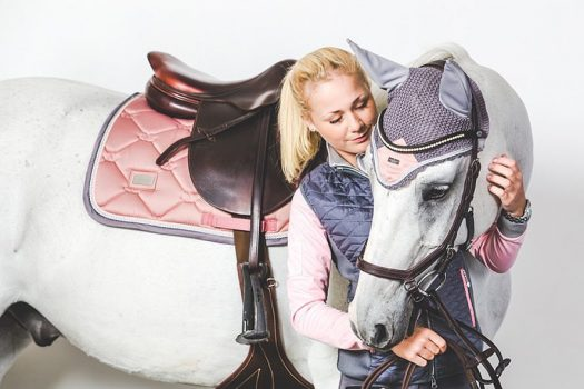 [Equestrian Fashion] Equestrian Stockholm : ride against cancer