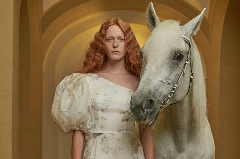 [Fashion] Les Ladygodiva d'Alena Akhmadullina