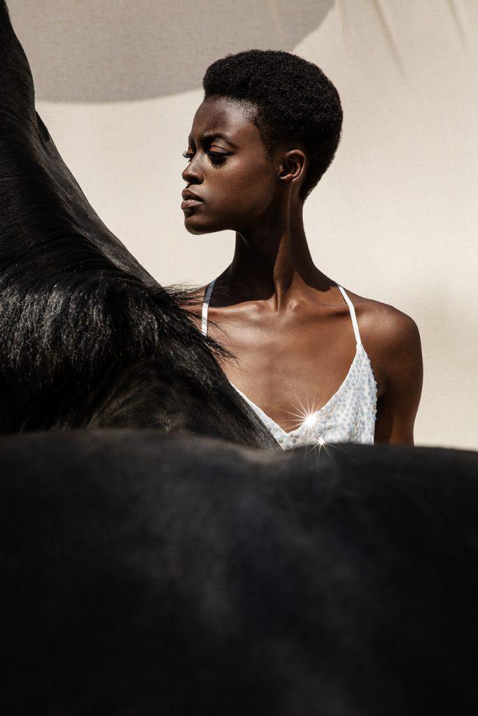 www.pegasebuzz.com | Alisha Safo by Mara Lazaridou for Anel Fashion 2019.