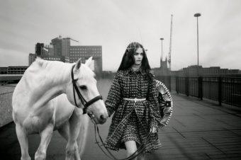 [Fashion Editorial] Sandra Freij pour Union Magazine
