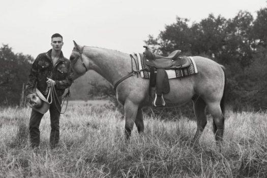 [Fashion Editorial] Matt Williams : le sexy poney est OUT