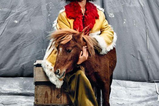 [Fashion editorial] Shanina Shaik : la femme sans mâle et animal