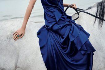 [Fashion Editorial] Michelle Gutknecht, cavalière à la plage