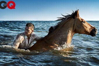 [Fashion Editorial] GQ Taiwan : la mer, l'homme et le cheval