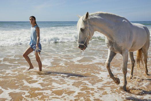 [Fashion] Le cheval blanc de Lu Ren Cashmere